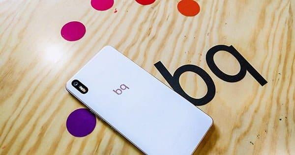 BQ desaparece del catálogo de móviles de Movistar